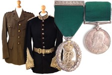 British Army uniform & medal set