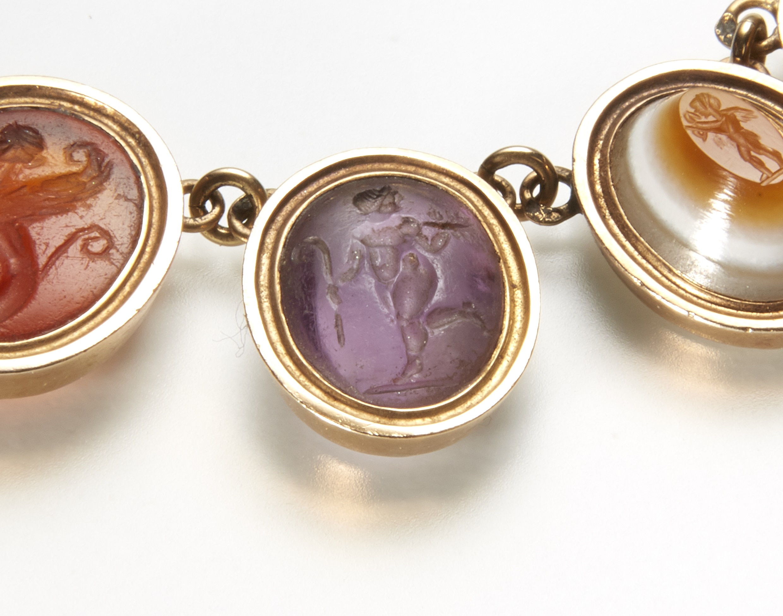 intaglio jewellery amethyst