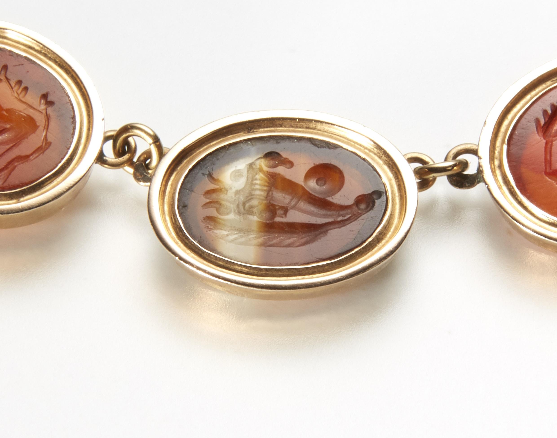 intaglio jewellery example