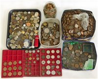 Lot 52-Large collection of mixed world coinage, mainly GB.