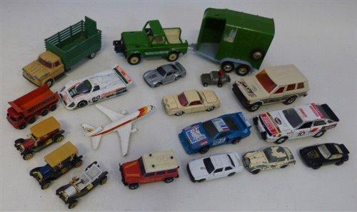 Lot 94-Britains Land Rover and Beaufort double horse box trailer (lacking side ramp), Corgi Dodge Kew Fargo, Corgi Jaguar XJR9, Lesney Hoveringham tipper, Corgi toys V.W. 1500 Karmann Ghia, Matchbox Audi...