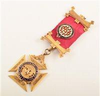 Lot 200-9ct gold RAOB medallion