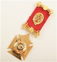 Lot 221-Boxed 9ct gold and enamelled RAOB medallion