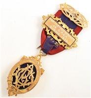 Lot 227-Boxed 9ct gold RAOB medallion
