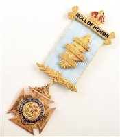 Lot 229-Boxed 9ct gold and enamelled RAOB medallion