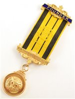 Lot 233-Small 9ct gold RAOB medallion, round design, for lodge No. 4058 dated 1922.
