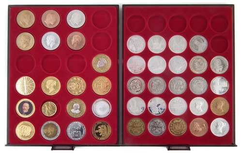 Lot 12 - Two trays of modern collectable and reproduction coins.