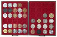 Lot 11-Two trays of reproduction Crowns to include William IV, Victoria, Edward VIII, George IV etc.