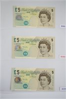 Lot 21-Two albums of British banknotes.