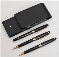Lot 69-Montblanc Meisterstuck pen & pencil set in original Montblanc leather case.