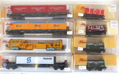 Lot 173-8 boxed Lilliput goods wagons No's. 201/3780-10/202c/201/1365/1359/1370 (2)