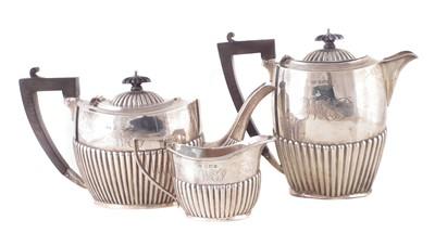 Lot 18-An Edwardian 3-piece silver teaset