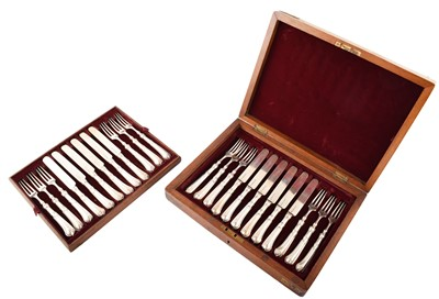 Lot 12-A Victorian silver 12-piece cutlery set by Hunt & Roskell