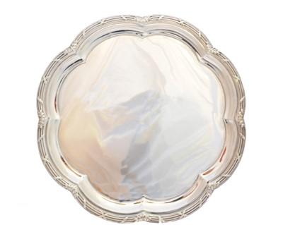 Lot 18-An Edwardian silver salver