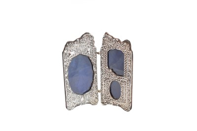 Lot 17-An Edwardian silver photograph frame