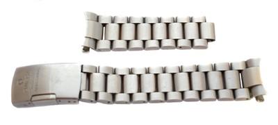 Lot 292 - An Omega Seamaster stainless steel watch bracelet