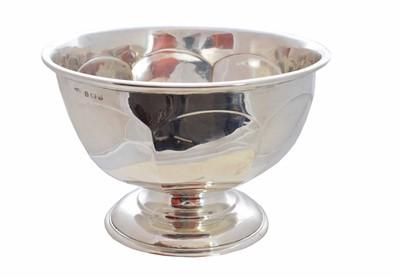 Lot 33-A 1930s silver fruit bowl