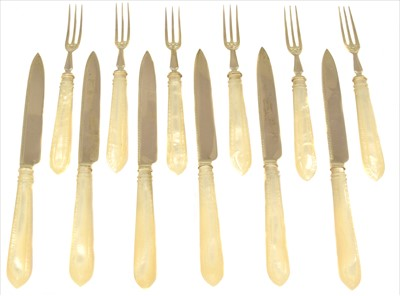 Lot 27-A set of Victorian silver fruit knives and forks