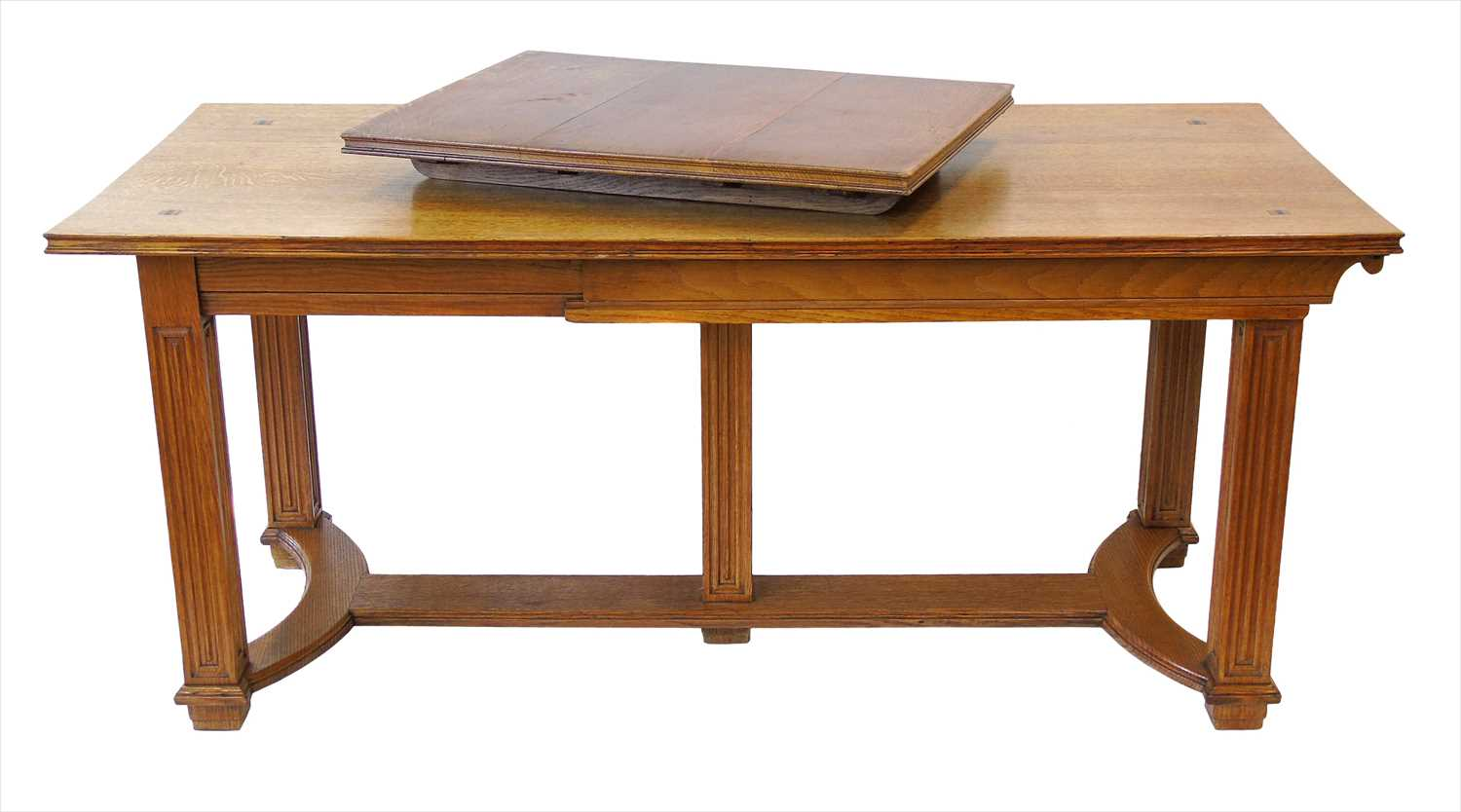 216 - Early 20th century Art Deco design extending dining table.