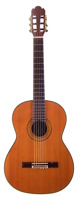 Lot 5-Alvarez Professional Spanish Guitar model PC50