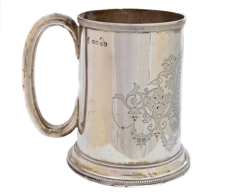 Lot 25 - A Victorian silver tankard