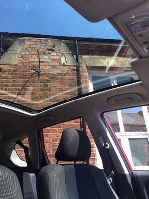 Lot 8-2014 Honda Jazz I-VTEC EX, 5 door hatchback.