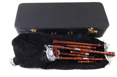 Lot 27-Cased set of bagpies.