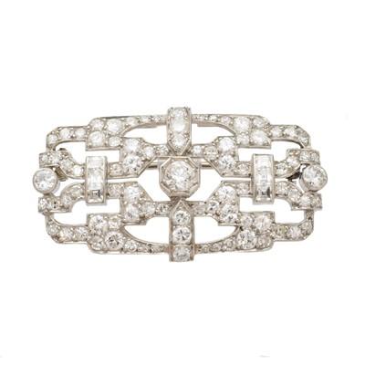 Lot 29-A diamond plaque brooch
