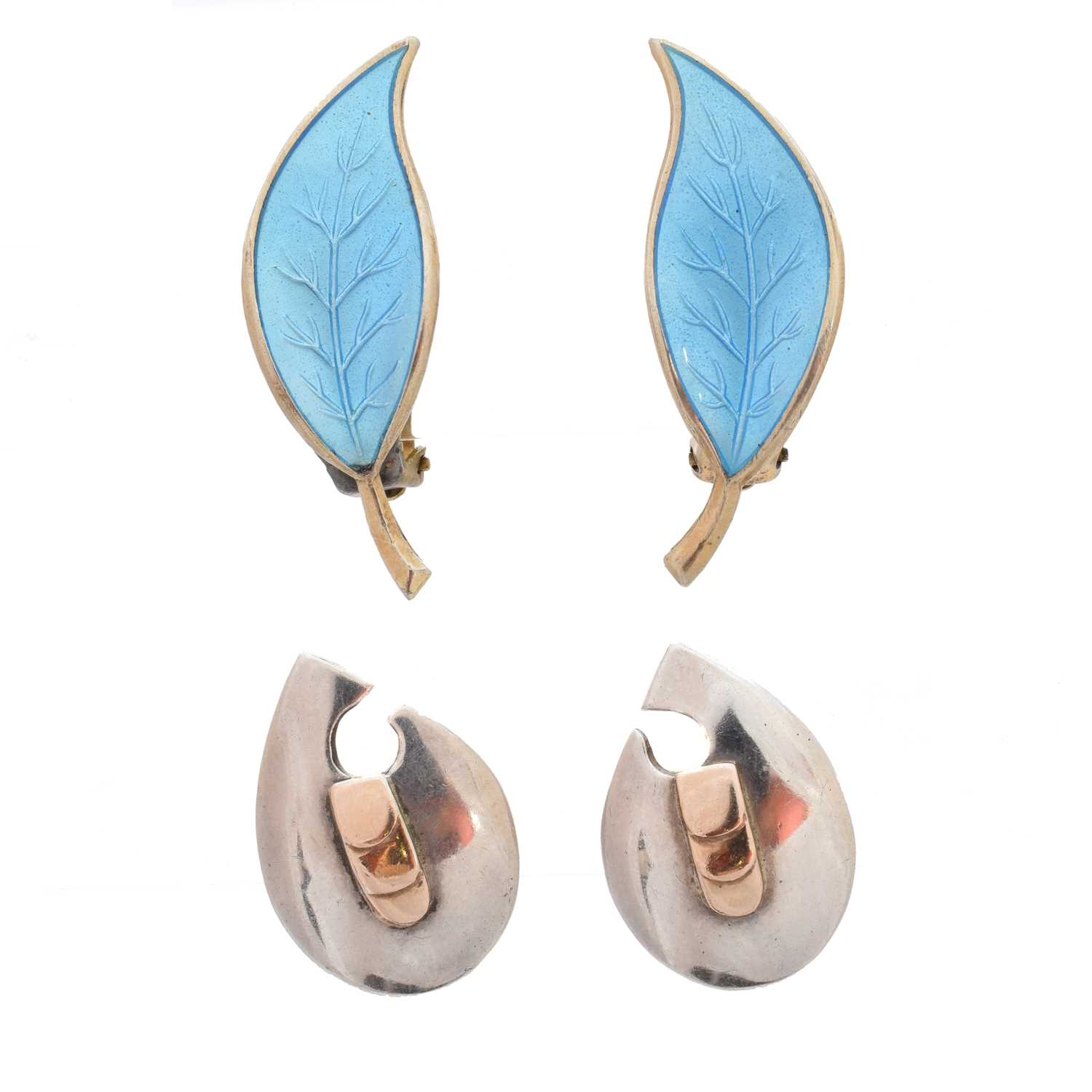 Lot 43-Two pairs of silver earrings