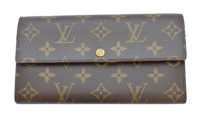 Lot 1-A Louis Vuitton monogram Sarah wallet