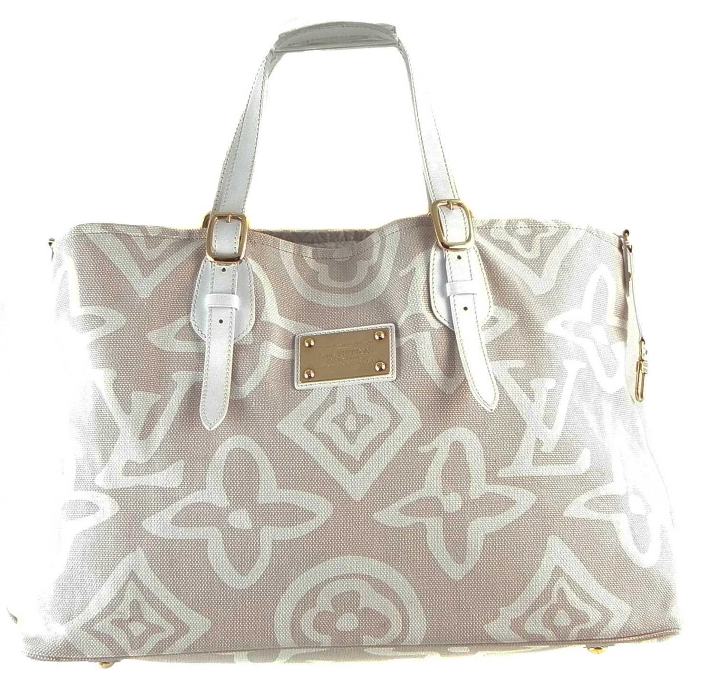 Lot 17 - A Louis Vuitton Tahitienne Cabas GM handbag