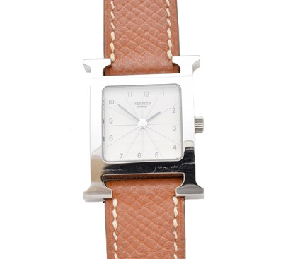 Lot 47-A Hermès stainless steel H quartz watch