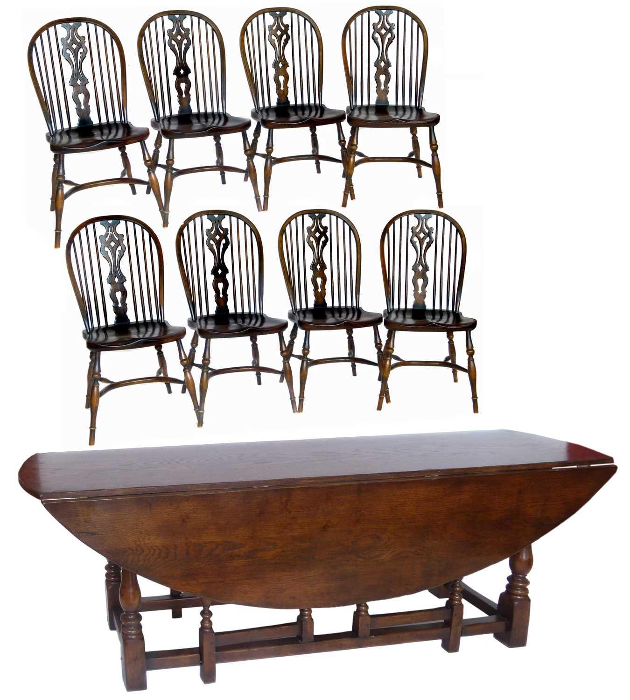Lot 396 - Late 20th-century oak wake table
