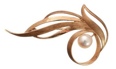 Lot 36-A Tasaki Pearls brooch