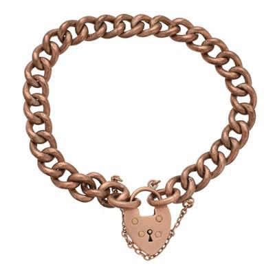 Lot 8 - A chain bracelet