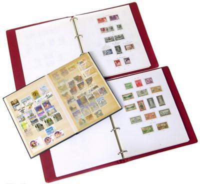 Lot 76-Australia collection in SG printed album