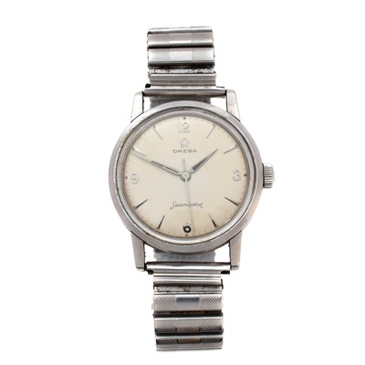 Lot 136 - A 1960s stainless steel Omega Seamaster watch