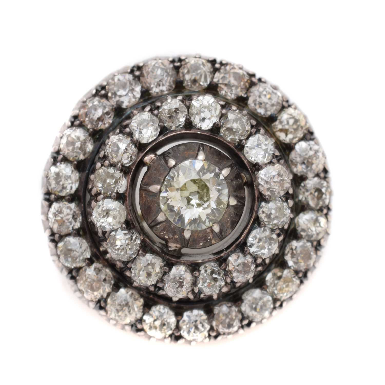Lot 46-A late Victorian diamond target brooch