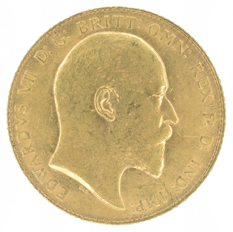 Lot 43-King Edward VII, Sovereign, 1910, London Mint.