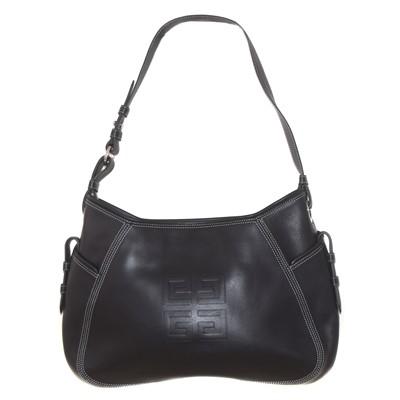 Lot 100 - A Givenchy leather handbag