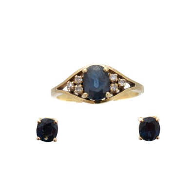 Lot 99 - A selection of sapphire and diamond jewellery