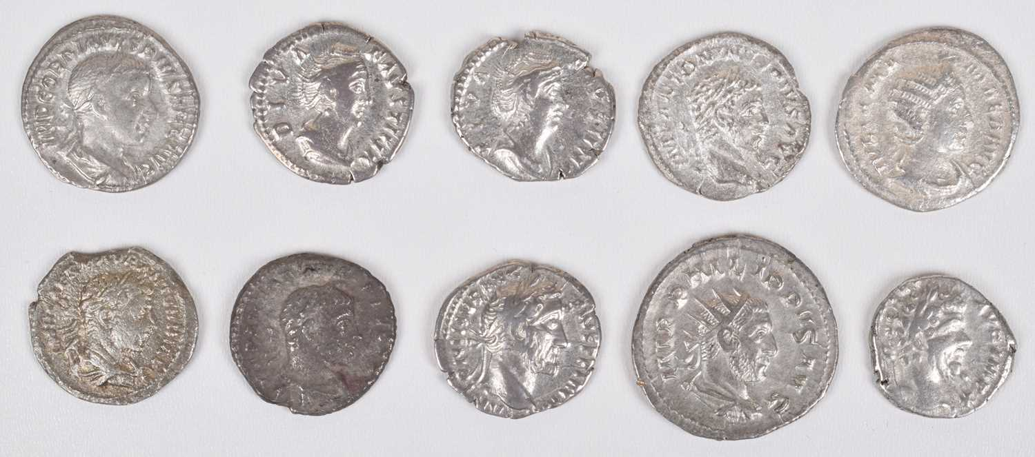 Lot 1-Selection of Ancient Roman silver coins to include denarii and one Philip I antoninianus (16).
