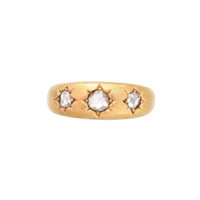 Lot 200 - A late Victorian 18ct gold diamond three stone ring