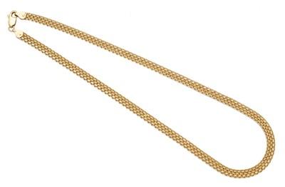 Lot 117 - A necklace
