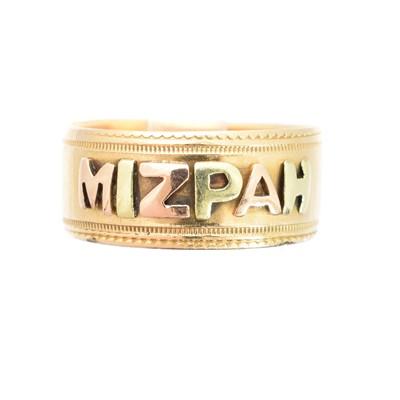Lot 153 - An 18ct gold 'Mizpah' ring