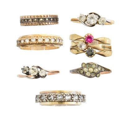 Lot 119 - A selection of dress rings