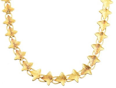 Lot 118 - An early 20th century 18ct gold necklace