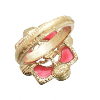 Lot 2 - A Chanel dress ring