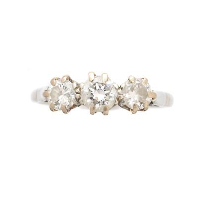 Lot 171 - A platinum diamond three stone ring