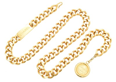 Lot 56 - A Chanel Rue Cambon belt necklace